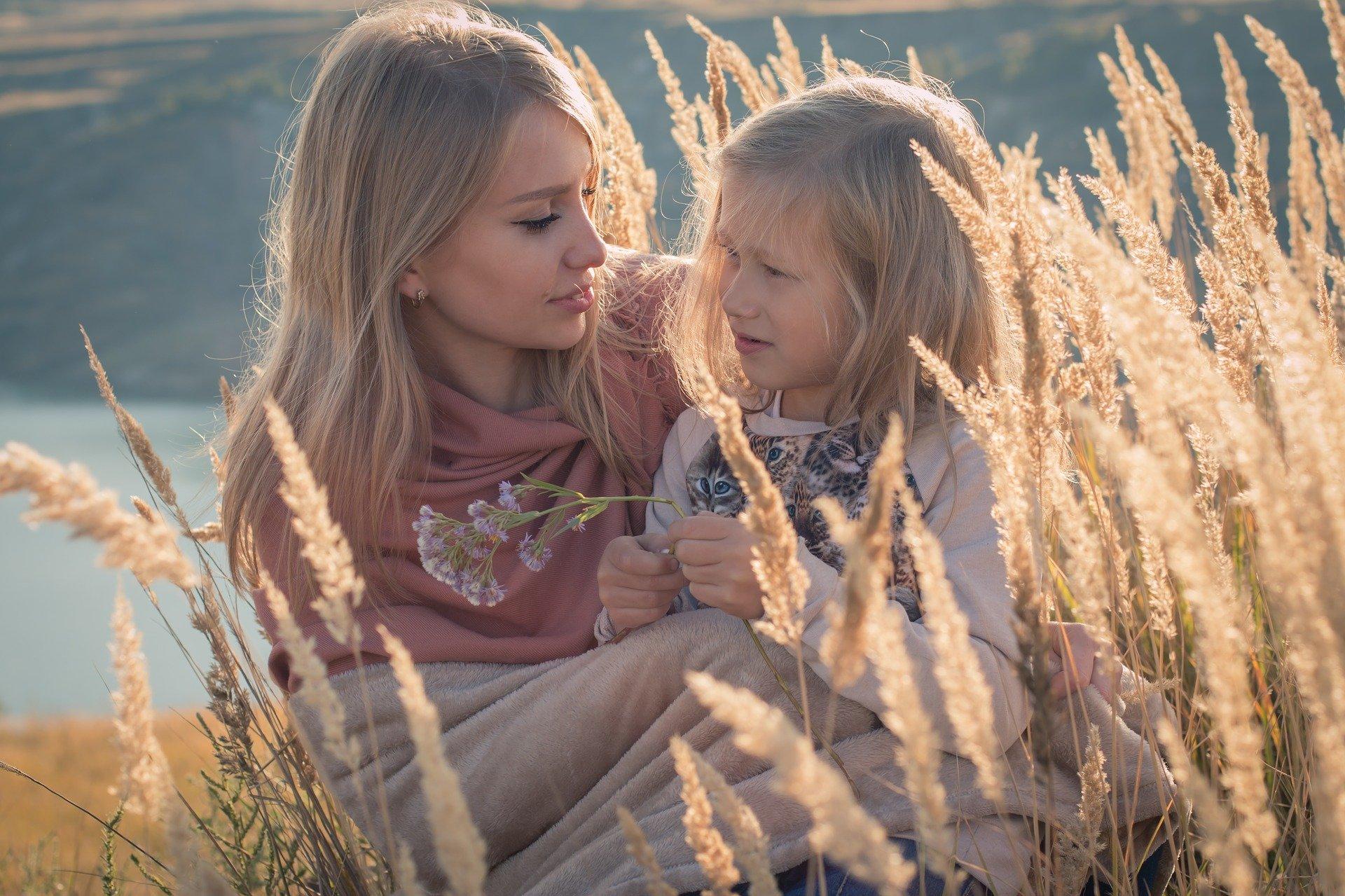 Почему женщины повторяют судьбу своих матерей?